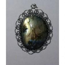 Лабрадорит - медальон