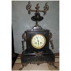 Старинен френски часовник